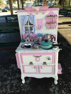 Tellula Belle custom play kitchen
