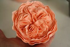 I got a message on facebook from Jo Ann about whether I'd ever made a David Austin rose before, and how long they took to make. I had to loo...
