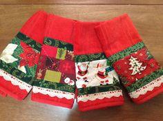 Toalhas para lavabo Christmas Applique, Christmas Sewing, Handmade Christmas, Christmas Crafts, Kitchen Hand Towels, Dish Towels, Christmas Towels, Christmas Sweaters, Applique Towels