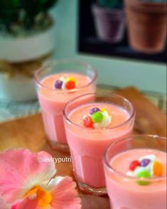 Resep silky puding © 2020 brilio.net Pudding Desserts, Pudding Recipes, No Bake Desserts, Donut Recipes, Snack Recipes, Cooking Recipes, Snacks, Silky Pudding, Indonesian Desserts