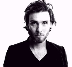 its the guy from 28 days later! love that scary zombie movie!