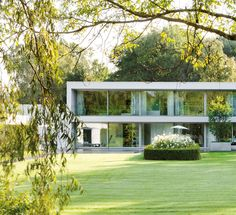 Wiel Arets Architects. Villa van Zanten en Lisse, Holanda. Fotografía: Jan Bitter. #tc_arquitectura #architecture_publication #netherlands_architecture