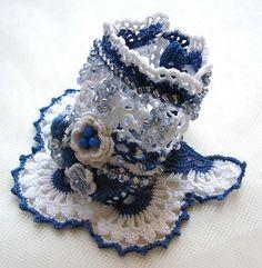 Crochet bracelet, Crochet cuff, White and blue cotton cuff, White beaded crochet…