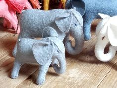 Mother and baby elephant wool felt elephants wool stuffed animal toy for boys gift for boys toy for girls gift for women eco toys natural Gifts For Boys, Toys For Girls, Girl Gifts, Gifts For Women, Mother And Baby Elephant, Felt Animals, Baby Animals, Felt Crafts, Pet Toys