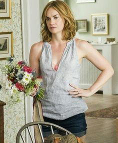 Risultati immagini per who plays allison on the affair Ruth Wilson, Emily Browning, Hollywood Actresses, Affair, Basic Tank Top, Beautiful Women, Tank Tops, Hair Styles, Clothes