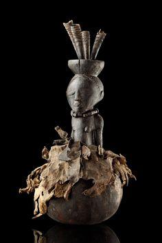 """Magical object """"kabwelulu"""" D. R. Congo, Luba  H: 40 cm H: 15.7 inch  Provenance Coll. Marcel de Munter, """"Le Foureur"""", Brussels, Belgium  Literature Felix, Marc L., 100 Peoples of Zaire and their Sculpture, The Handbook, Brüssel 1987, p. 79, ill. 30 Neyt, Francois, Luba, Aan de Bronnen van de Zaire, Ausst.kat., Paris 1994, p. 162 f."""
