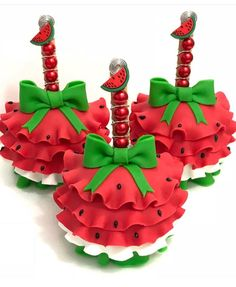 35 Super Ideas For Cake Pops Strawberry Dessert Recipes Watermelon Birthday Parties, 2nd Birthday Party Themes, Fruit Party, Watermelon Patch, Watermelon Baby, Gourmet Candy Apples, Apple Pop, Strawberry Dessert Recipes, Minnie Mouse Cake