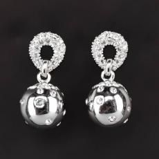 Very nice earrings from the Mater Pharmacy Pearl Earrings, Drop Earrings, Pharmacy, Precious Metals, Swarovski, Fashion Jewelry, Jewellery, Crystals, Nice