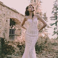 "@Regrann from @lewaabhautecouture - ""True love stories never have endings""🌹🌹🌹 wedding dress by Lewaa Bashar Haute Couture.....#Νυφικά #AtelierTsourani #weddings #ΜοναδικάΝυφικά #ΧειροποίηταΝυφικά #ΜοντέρναΝυφικά #WeddingDress #weddingdressinathens #handmadeweddingdress #tailormadeweddingdress #νυφικά2018 #νυφικα2019 #νυφικαφορεματα #νυφικααθηνα #νυφη #athensbride #greecebride #weddingdesigners #lewaahautecouture True Love Stories, Love Story, Formal Dresses, Wedding Dresses, Instagram, Fashion, Haute Couture, Tea Length Formal Dresses, Bride Dresses"