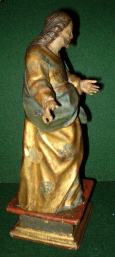 """""""Jesus predicando"""" Talla del siglo XVIII policromada, dorada y estofada. 29,5 x 14 cm."""