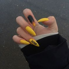 Find images and videos about style, nails and colors on We Heart It - the app to get lost in what you love. Edgy Nails, Aycrlic Nails, Grunge Nails, Stylish Nails, Trendy Nails, Swag Nails, Hair And Nails, Glitter Nails, Edgy Nail Art