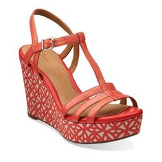 Clarks Women's Amelia Avery Wedge Sandal,Tomato Red,10 M US