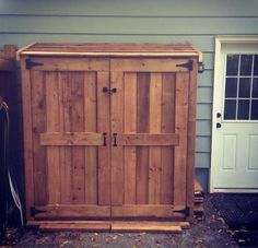 My version of the SMALL CEDAR FENCE PICKET STORAGE SHED | Do It Yourself Home Projects from Ana White