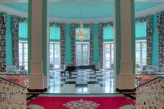 自宅に応用したい色鮮やかなホテルのインテリア