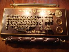 Amazing steampunk keyboard, the details are superb!
