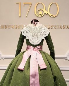 My Person, Vintage Gowns, Marie Antoinette, Regional, Colonial, Aurora Sleeping Beauty, Victorian, Disney Princess, Dresses