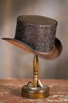 b57c4e67194 Steampunk Gent Leather Top Hat