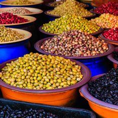 Beneficios de la Dieta Mediterránea. Saludable manera de perder peso  http://clubvive100.com/beneficios-de-la-dieta-mediterranea/ Club Vive100