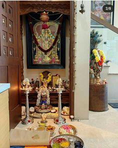 Kerala House Design, Small House Design, Arranging Pictures, Ganesha Rangoli, Silver Pooja Items, Picture Arrangements, Pooja Mandir, Hanuman Images, Pooja Room Door Design