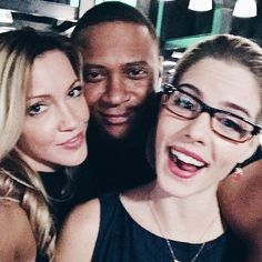 "« We are family  ""kamily + DR"" @emilybett @davidpaulramsey #arrow »"