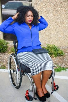 Wheelchair Style Tip: Look professional on the wheelchair by wearing below knee skirts