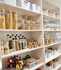 Kitchen Cupboard Organization, Kitchen Pantry Design, Kitchen Organization Pantry, Home Organisation, Diy Kitchen Storage, Kitchen Cupboards, Kitchen Ideas, Pantry Shelving, Organized Kitchen