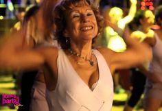 Mireille loves Zumba : 77 years old !