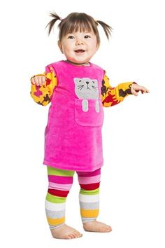 Long-sleeved all-over print bodysuit. Closures on shoulders and crotch. Double fabric at the cuffs so they look good turned up if the sleeves are too long. Scandinavian Baby, Organic Baby, Fashion Kids, Cute Kids, Baby Kids, Kids Outfits, Kitten, Bodysuit, Tunic