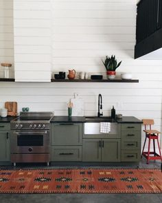 Uplifting Kitchen Remodeling Choosing Your New Kitchen Cabinets Ideas. Delightful Kitchen Remodeling Choosing Your New Kitchen Cabinets Ideas. Green Kitchen Cabinets, Painting Kitchen Cabinets, Kitchen Cabinetry, New Kitchen, Olive Kitchen, Awesome Kitchen, Dark Cabinets, Kitchen White, Green Kitchen Paint