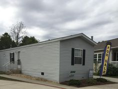 2010 Fleetwood Home  Mobile / Manufactured Home in Chantilly, VA via MHVillage.com