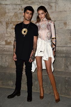 Zayn Malik & Gigi Hadid || Givenchy S/S 2017, Paris Fashion Week Womenswear (October 2, 2016)