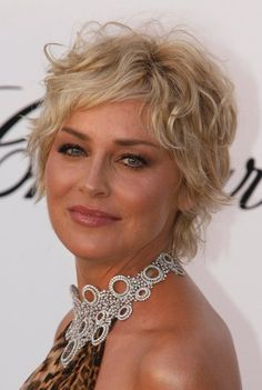Short Hairstyles Trends Presents 2010 Curly Hairstyle Pictures Cuts Can Be Sassy Sophisticated Or Sexy And Always Loo