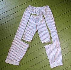 Ideas For Diy Baby Clothes Upcycle Ideas Diy Clothing, Sewing Clothes, Clothing Patterns, Reuse Clothes, Clothes Refashion, Sewing Pants, Recycled Clothing, Sewing For Kids, Baby Sewing