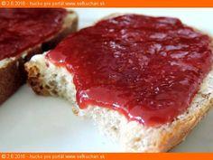 Vytlačiť Jahodový džem od maminky Jahodový džem na čerstvom maslovom chlebíku ... perfektné raňajky Ingrediencie 1 kg očistených umytých jahôd 400 g kr. cukru Inštrukcie Záleží od Vás, aký džem chcete spraviť. Hustejší na plnenie do buchiet, alebo redší na natieranie na chleba. S kúskami jahôd, alebo krásny hladký krémový. Všetky kombinácie sa dajú … Meatloaf, Preserves, Cheesecake, Food And Drink, Homemade, Desserts, Brot, Tailgate Desserts, Preserve