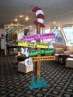 I so could see this in a seuss inspired classroom ;)