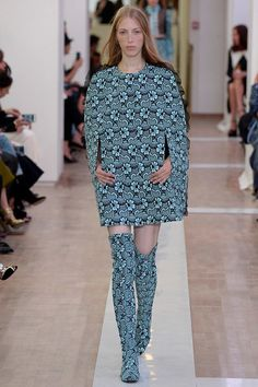 Emanuel Ungaro Spring 2016 Ready-to-Wear Collection - Vogue