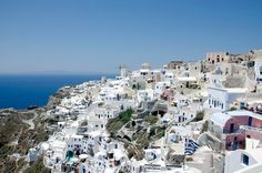 Planning a Mediterranean MSC cruise with a stop in Santorini. Restaurant On The Beach, Msc Cruises, Santorini Greece, Santorini Travel, Cruise Vacation, Dream Vacations, Greece Travel, Greek Islands, Travel Guides
