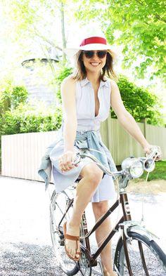 @Matty Chuah Glamourai rides in style in the Armani Exchange Poplin Shirtdress.