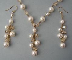 Genuine+Swarovski+Bridal+Set++Ivory+Pearls+&+by+Designsbyknar,+$49.00