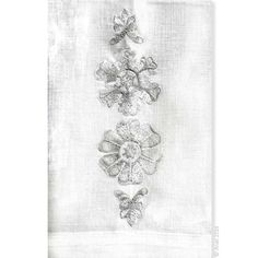 Finely detailed embroidered thread paintings for which Anali is so well known. Anali's Snow Flower design is embroidered on white linen guest towels.