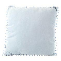 Roberta Allen Almohadón solid pompom azul claro