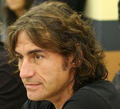 Luciano Ligabue - Wikipedia