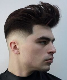 Apparently, square face shape is most desirable in men. So, here are 6 men haircut inspiration for your face shape. Men usually wear the same hairstyles Mens Haircuts Round Face, Round Face Men, Hair For Round Face Shape, Cool Hairstyles For Men, Hairstyles For Round Faces, Cool Haircuts, Haircuts For Men, Haircut Men, Men's Haircuts