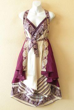 Reversible/convertible/wear-a-million-ways silk dress. these are amazing Saris, Fashion Room, Diy Fashion, Vanity Clothing, Wrap Skirt Tutorial, Convertible Clothing, Reversible Dress, Boho Look, Tube Dress