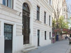 Apartments directly by Kunsthaus Vienna Museum Vienna Museum, Apartments, House, Kunst, Penthouses, Flats
