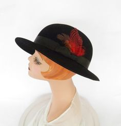Vintage tilt slouch hat, black with red feather, 22, Madcaps by TheVintageHatShop on Etsy