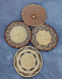 Beautiful set of 4 Binga baskets. Set of wall baskets for African/ Bohemian Wall Decor Living Room Kitchen, Living Room Decor, Above Bed Decor, Bohemian Wall Decor, African Home Decor, T Set, Baskets On Wall, Hand Weaving, Romance