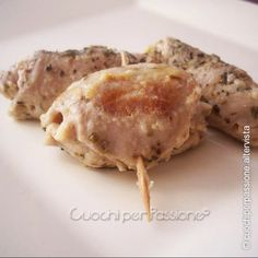 Involtini di lonza con prosciutto cotto e formaggio Prosciutto Cotto, Cauliflower, Food And Drink, Menu, Carne, Chicken, Vegetables, Desserts, Dolce