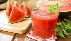 Tanto a hortelã quanto a melancia fazem bem à saúde, não é mesmo? Mas será que podemos afirmar que o suco de melancia com hortelã emagrece?