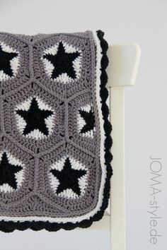 Sternenhäkeldecke grau-schwarz